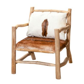 chaise en bois et peaux de vaches